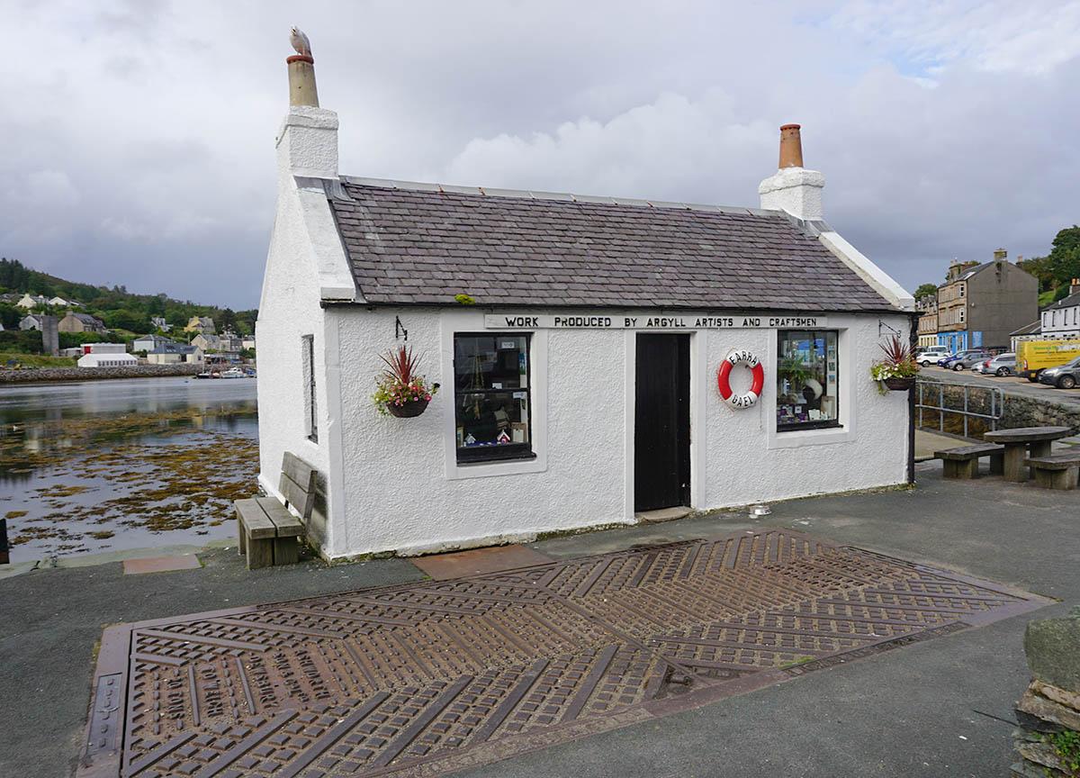 Argyll Artists House in Tarbert Loch Fyne on Scotland Road Trip
