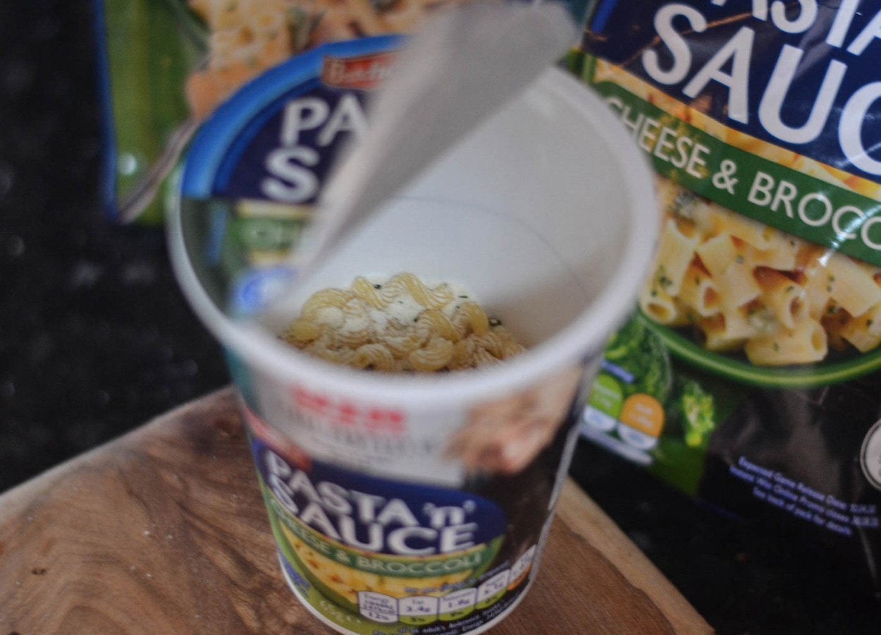 Cheese and Broccoli Pasta n Sauce Pot Britains Best Pot Noodles