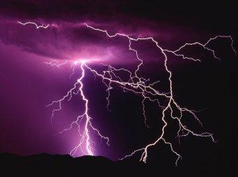 lightning_last_year_by_oompa123