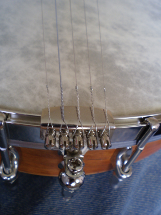 The no-knot tailpiece