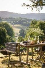 unwind-in-the-countryside-at-this-rustic-self-catering-retreat