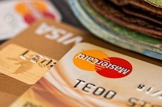 znaleziona karta debetowa