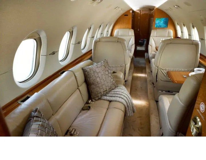 2006 Hawker 850XP cabin forward 2