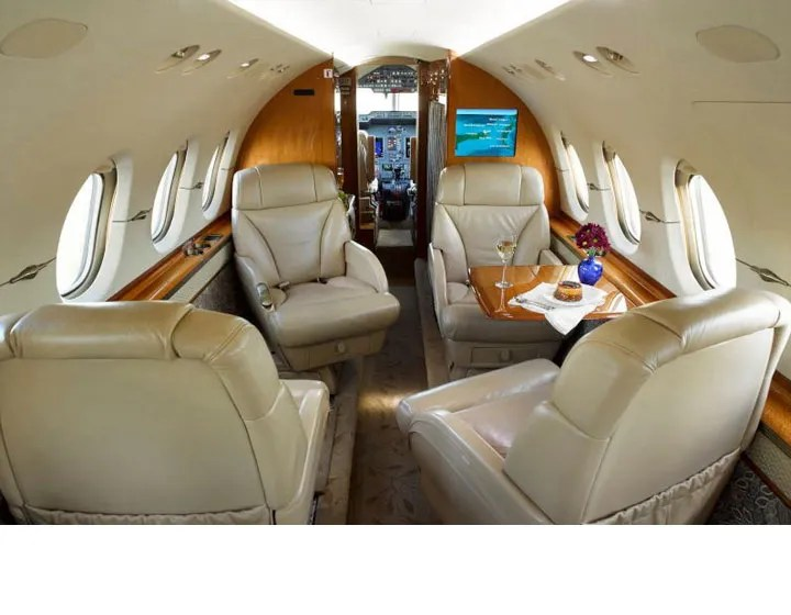 2006 Hawker 850XP cabin forward 3