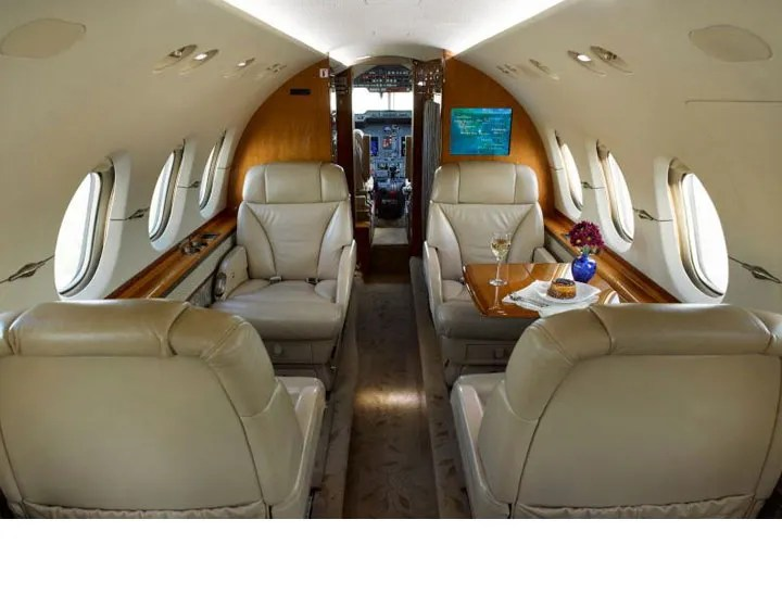 2006 Hawker 850XP cabin forward