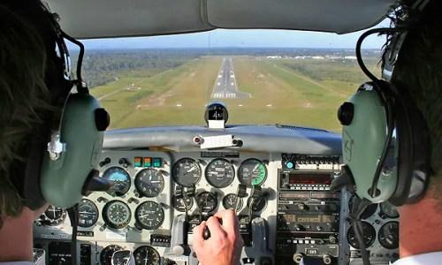 flight-training-runway-lg