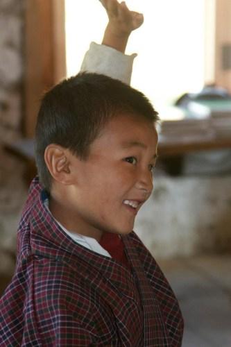 enfant de l'ecole au Bouthan - Blog Bar a Voyages