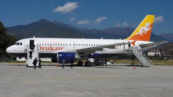 Avion Drukair Bhoutan - blog Bar à Voyages