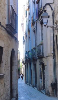 Une rue étroite du quartier du Call à Gérone