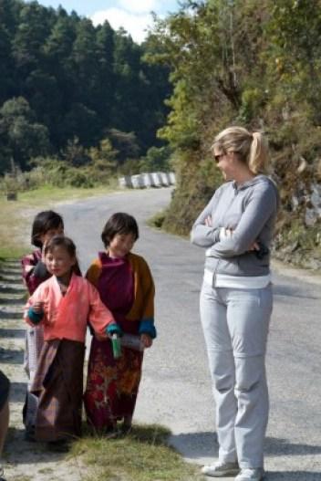 écolières bhoutanaises - blog Bar à Voyages