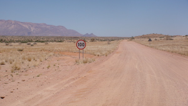 rouler-a-100-Namibie-blog-bar-a-voyages