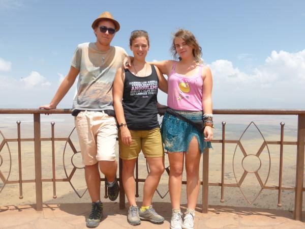 Cendrine, Sarah et Mathieu du blog Why Not TDM en Tanzanie