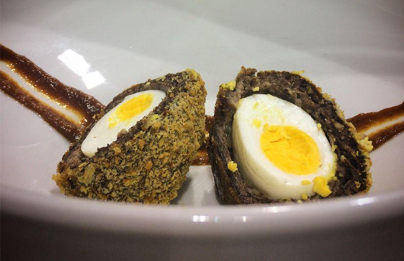 Les Manchester Eggs, une nourriture de pub pour affronter le froid