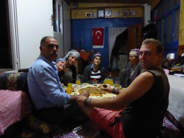 repas dans une famille turque