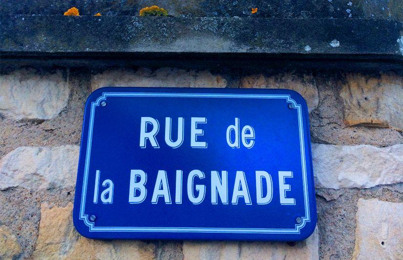 Rue de la baignade à La Roche-Posay