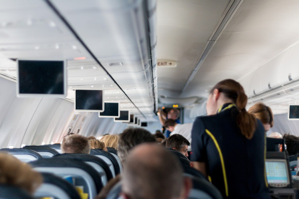 Service à bord de l'avion - blog Bar à Voyages