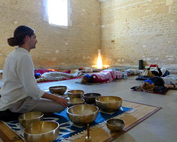 Séance collective de relaxation sonore avec Guillaume Gonin