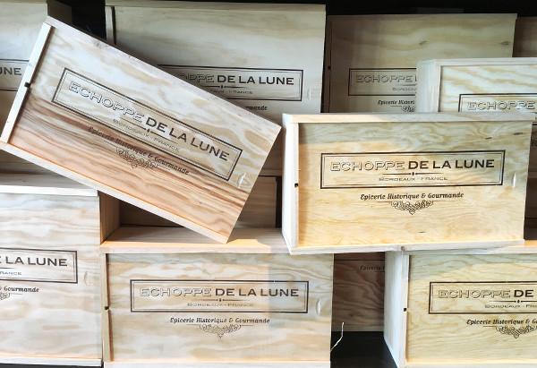 Coffrets caisse de l'épicerie-musée l'Échoppe de la Lune