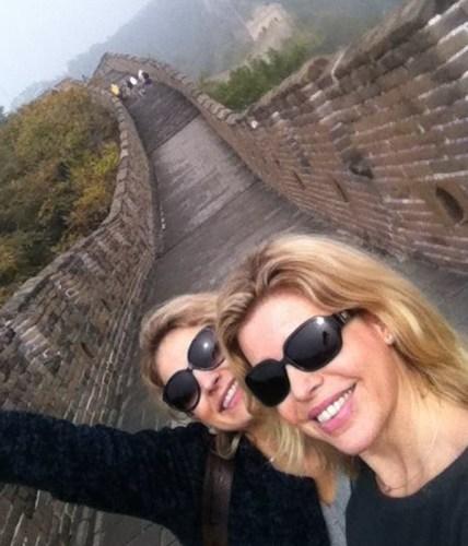 Astrid et Claire, deux copines de voyage