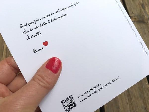message sur une carte postale