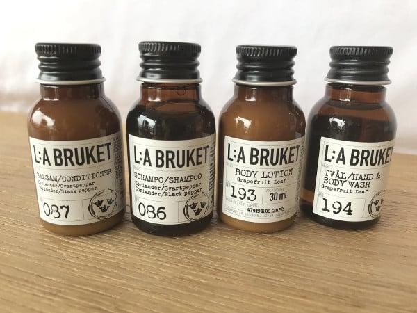 Flacons de cosmétiques LA:Bruket