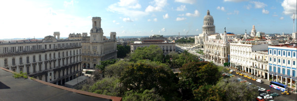 Vue panoramique depuis l'hôtel Ibérostar lors de mon séjours de 4 jours à La Havane