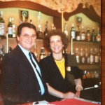Peppino e Luisa Manzi nel loro Cluny
