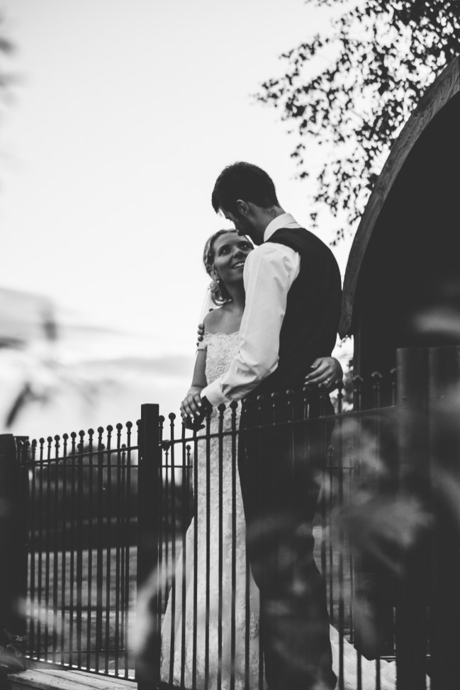 Matthew + Georgina - Preview (18 of 25)