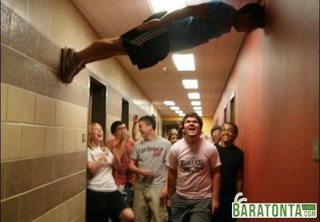 8 coisas grotescas que você jamais imaginou ver na faculdade