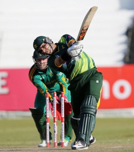 Misbah-ul-Haq played a captain's knock to steady Pakistan.