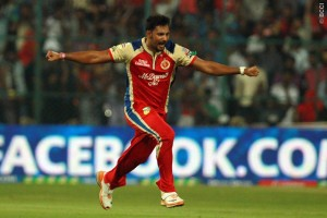 Ravi Rampaul captured two wickets in the Super Over to restrict Delhi Daredevils.