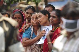 Bangladeshis in mourning.