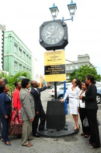 Unveiling the new clock in Lower Broad Street.