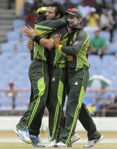 Shahid Afridi (centre) played a pivotal role in Pakistan's resurgence.