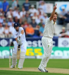 Shane Watson (right) gets the first wicket of Joe Root.