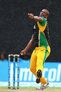 Vernon Philander's three-wicket burst spurred the Jamaica Tallawahs to victory.
