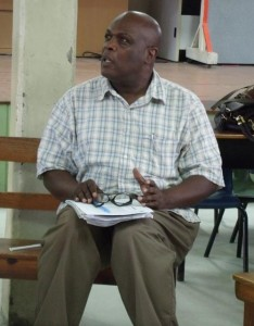 Presenter Dr Kenneth Williams sharing an idea at the St Paul's Primary PTA meeting last night.