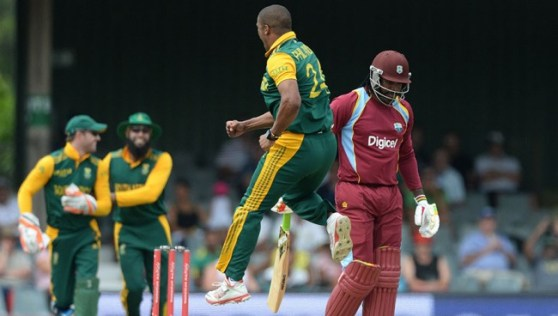 Vernon Philander had Chris Gayle caught behind cheaply.