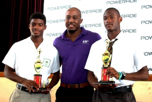 Antonio Weekes of Lester Vaughan (left) and Raheem Skinner of Combermere (right) were joint winners in the under-20 boys division. Randy Howard of ICBL is at centre.