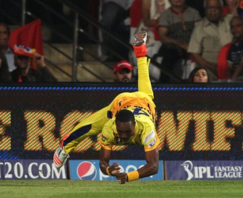 Super Kings' Dwayne Bravo took a stunning catch to dismiss Dinesh Karthik.