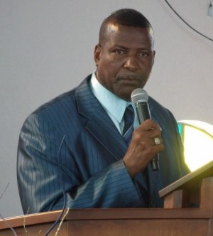 Pastor David Durant