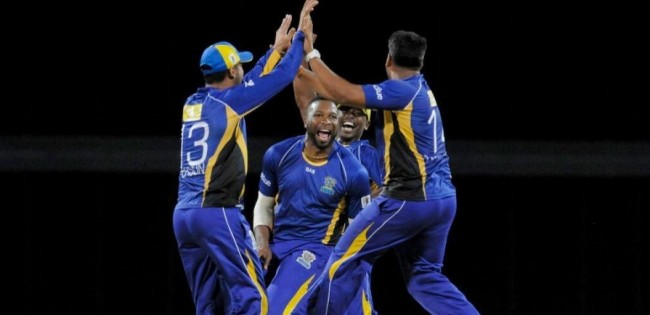 Barbados Tridents celebrate a wicket.
