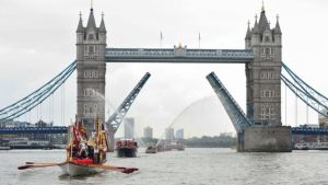 In London, a flotilla of vessels, including Havengore and Gloriana, took part in a procession along the Thames.