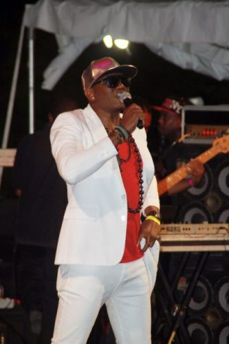 iWeb opened the show with performances of All Inclusive and Big Up.