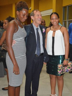 Danielle Titus (l) joins Caribbean squash champion Meagan Best (r) with featured conference presenter, Terry Orlick.