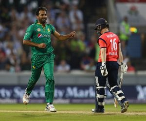 Man of the Match Wahab Riaz (l) bowled brilliantly.