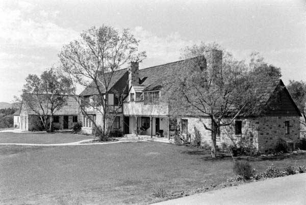 Barbara Stanwyck Death: Marwyck Ranch has been conserved and is open for visitors in California
