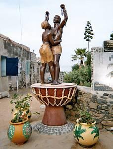 Denkmal auf der Sklaveninsel Gorée