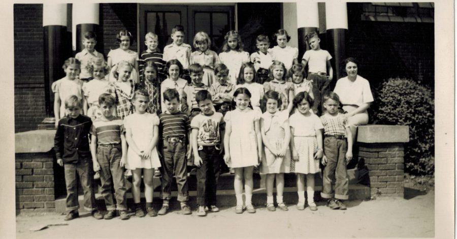 Prestonia Elementary School Class Photo an unlabeled mystery