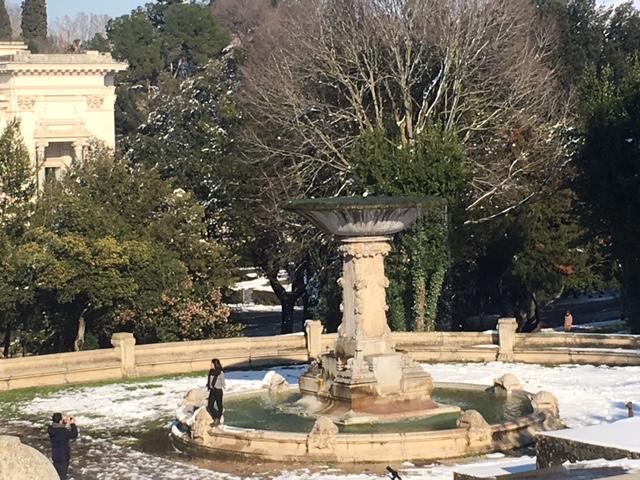 fountain villa borghese